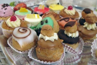 patisseries-petits-fours